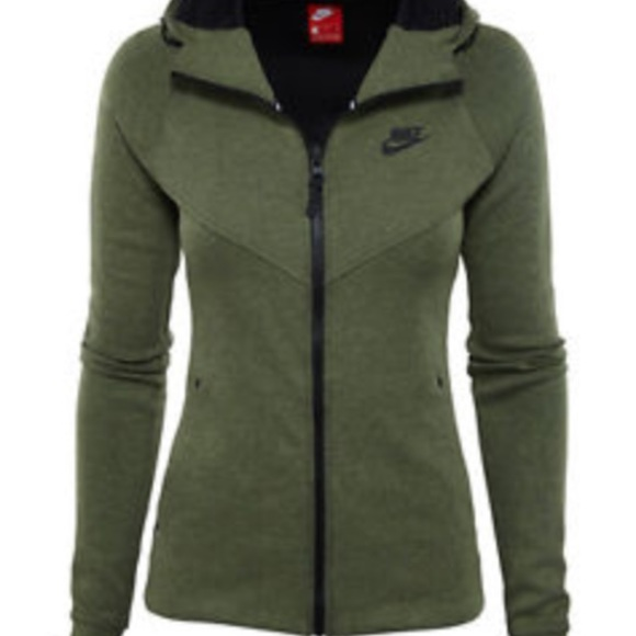 9856d960f379 Green tech fleece jacket. M 59d6b9dc5a49d0dfbd002cd9