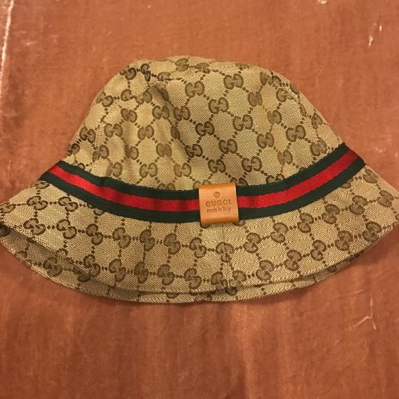 b1febf88 Gucci beige original GGcanvas fedora trademark hat