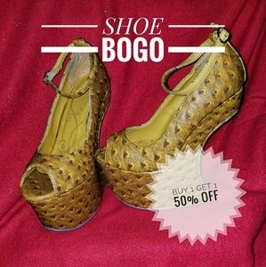 Shoes - BOGO Unique zero heel wedge shoes curved heel