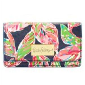 "Lilly Pulitzer ""Its  A Date CrossBody""Bright Navy!"