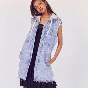 ****SOLD *****BDG  blue vest XS-S or M