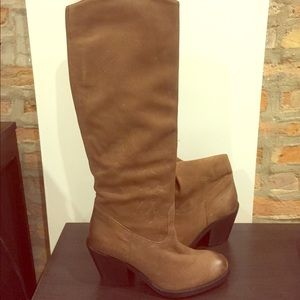 H&M brown leather heeled boot