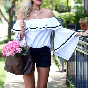 Tops - White, Off the Shoulder, Bell sleeve blouse