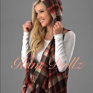 Plaid vest with hoodie