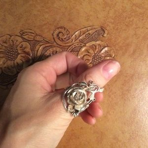 Vintage Jewelry - Rose Beauty 925 Sterling Silver Ring
