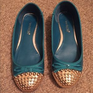 Teal Shoedazzle Sima Flats with Gold Metal Toe