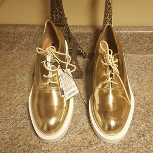 ZARA SHOES  WOMEN  SIZE  40 new tag
