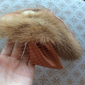Vintage Accessories - SONNI Mink Fur Rust Tone Caplet Hat