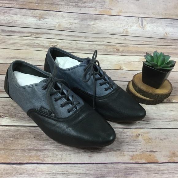 5263b253ef Vans Leather Sophie blue black Oxford Saddle shoes.  M 59d729619818293cfb01954b