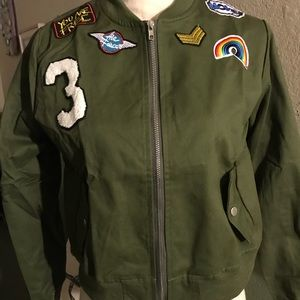 Jackets & Blazers - 💰SALE! Green Lightweight Bomber Jacket w/ patches