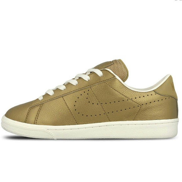 watch cac4b e25e0 Tennis Classic Premium Quickstrike Nike Shoe Nwt