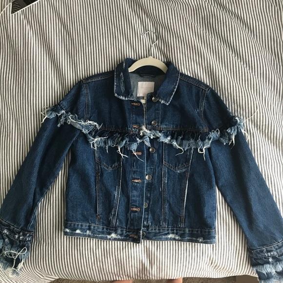 41ac6e14606 Zara trafaluc Denim jacket with fringe