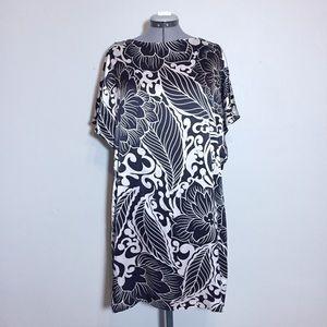 Ali Ro Bold Black & White Silk Shift Dress