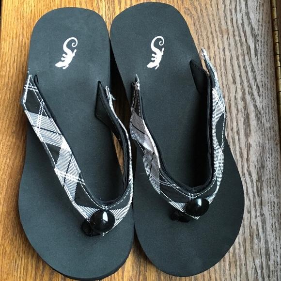 45fc983382ca Siara Shoes - Sierra s Sandler size 7