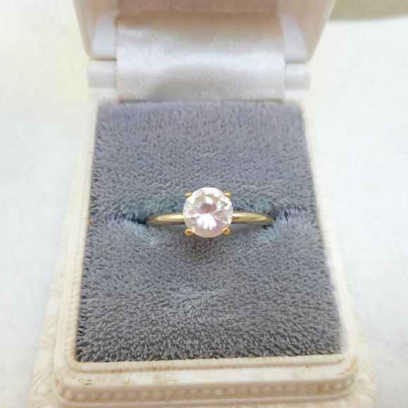707f709815eb5 14K GE Solitaire Ring