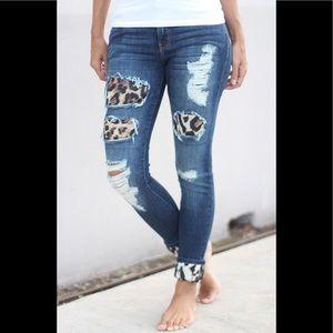 Denim - Leopard Patch Jeans