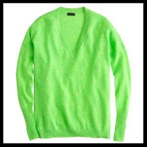SOLD 💜 j. crew // 100% cashmere boyfriend sweater
