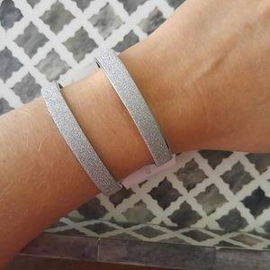 Jewelry - Shimmering silver cuff bracelet