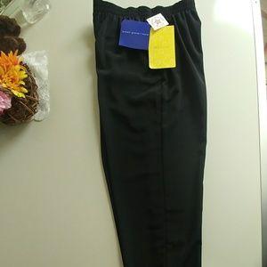 Susan Graver Stretch comfort waist pull on pants.