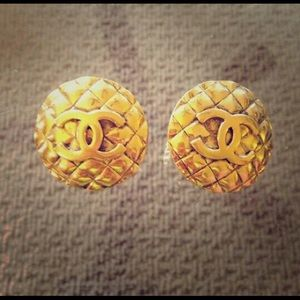 Large chanel quilt chanel earrings