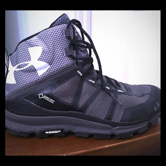 New Under Armour Hikers Boots Gray