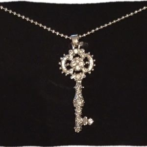 Jewelry - KEY TO SUCESS NECKLACE