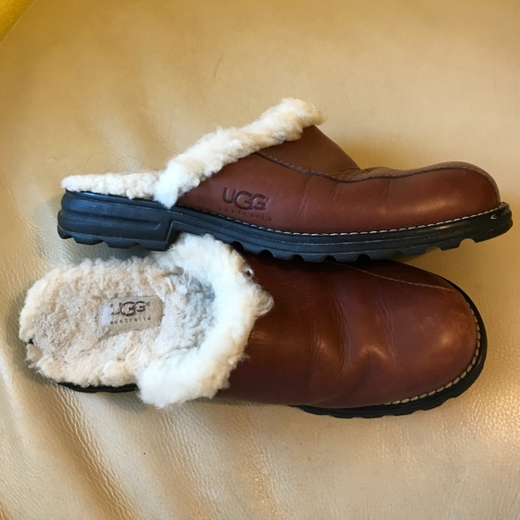 b08ded7d59f 🌷UGG Brown Leather Scuffs