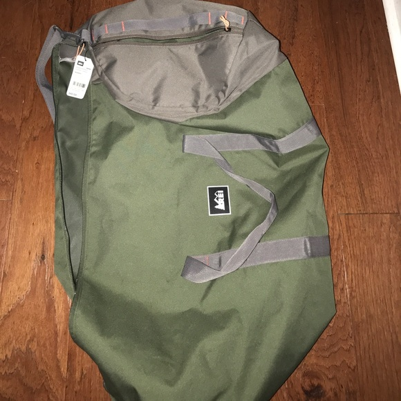 51d3761dabab REI Road tripper duffel large new still with tags