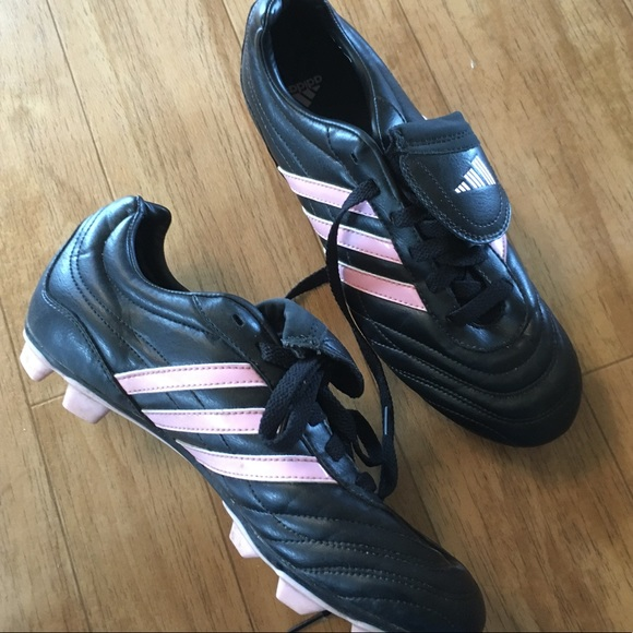 the best attitude dc8a2 69b91 adidas Shoes - 💥Awesome Deal! Adidas soccer cleats