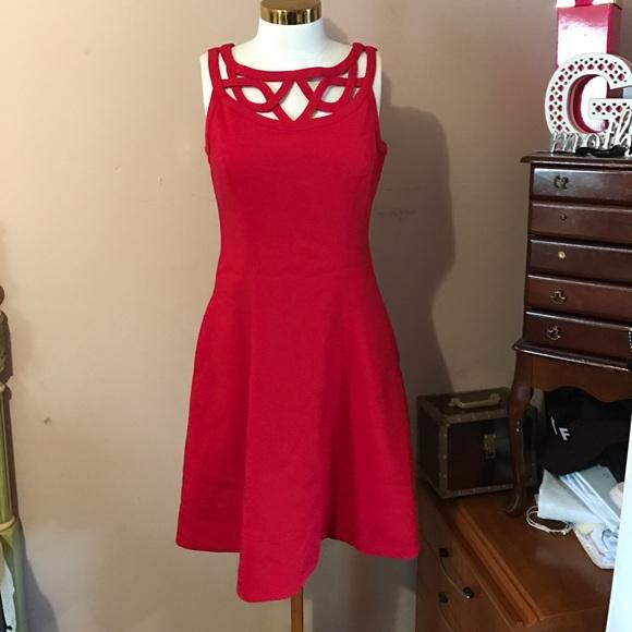 f7d709a5dd40 WHITE HOUSE BLACK MARKET Red Flowy Dress. M 59d7deae291a353ccb0198c3