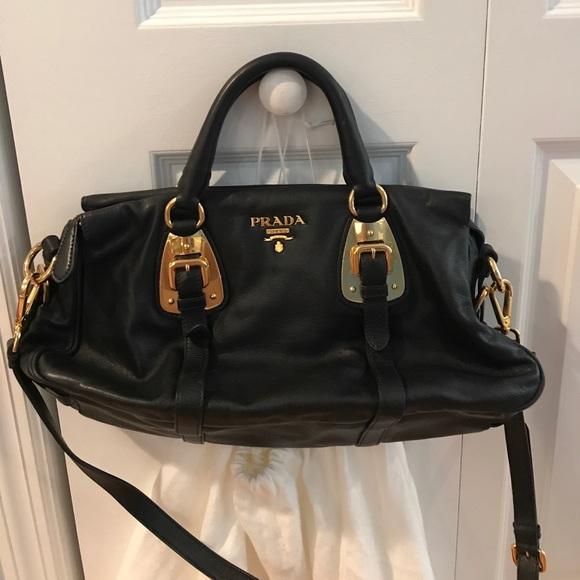 b0ed5e46bae7e5 Prada Bauletto Bag 💯 % Authentic. M_59d7deab522b45a3c9018d51