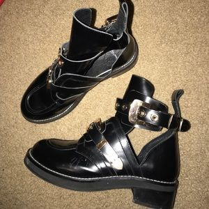 Shoes - Black boots booties ladies 37 gold buckle TOP PICK