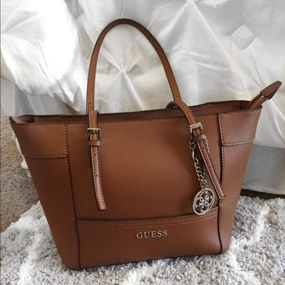 """9692a7e3f581 Guess purse- Med. size tote. 15.5""""W x 10""""Hx 5.5""""D"""