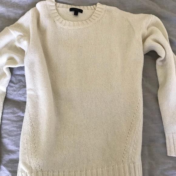 J. Crew Sweaters - J. Crew Women s Cream Sweater a5ced0d2e