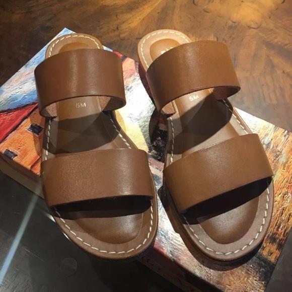 1f0776d12789a1 Bella Vita Shoes - Bella Vita Imo Slide Sandals Size 5