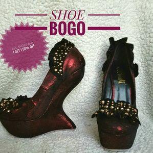 Shoes - Zero heel wedge / platforn shoes curved heel