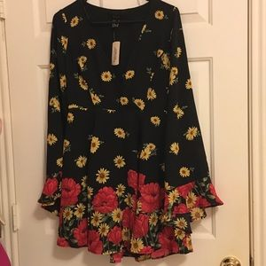 Dark floral dress new with tag