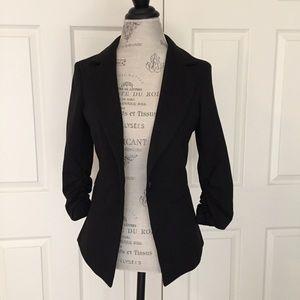 Gibson Ruched Sleeve Black Ponte Knit Blazer
