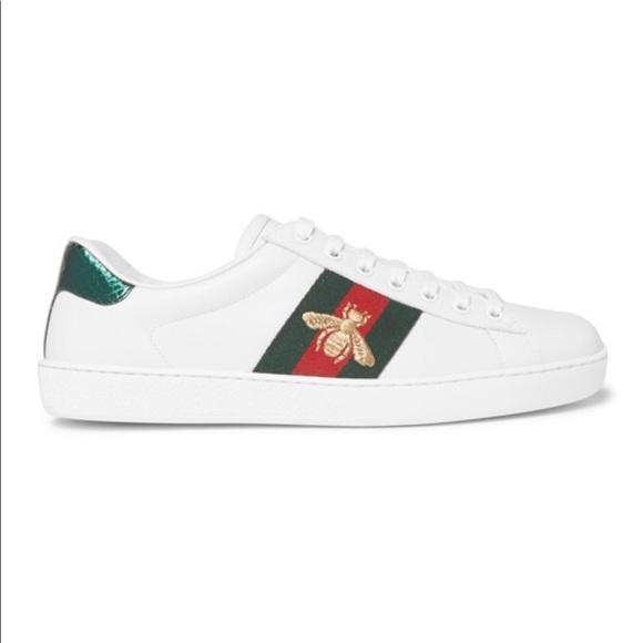 f0cc913021ef5 Gucci Logo Sneakers