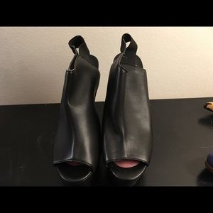 Open toed sling back boots