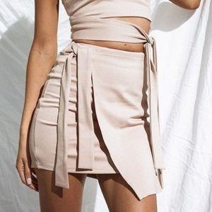 Dahlia tie skirt from sabo skirt NWT XS