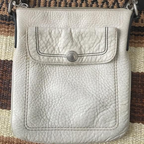 31d59e4555 Coach white leather crossbody bag
