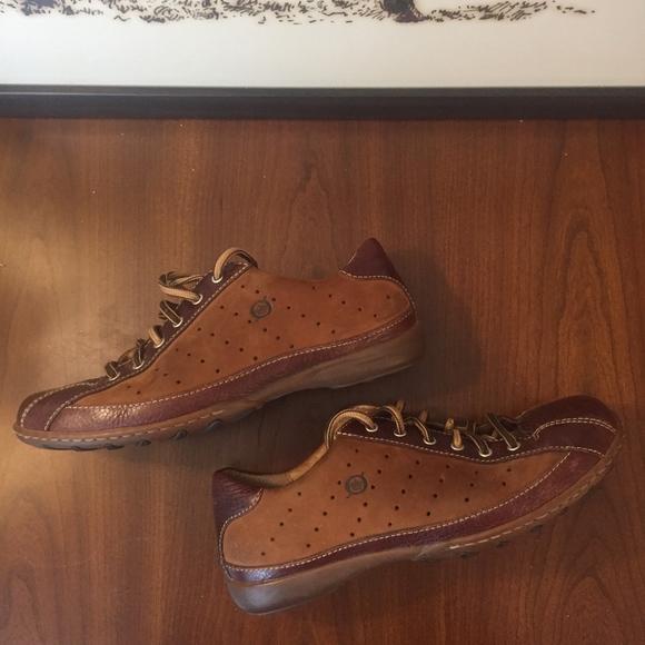 42ba27b4f3f04 Born Shoes   Womens Hawkeye Shoe 8   Poshmark