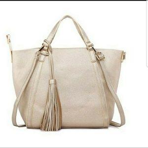 Handbags - Gold Tassle tote