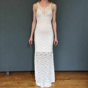 Monteau LA White Lace Maxi Dress - XS
