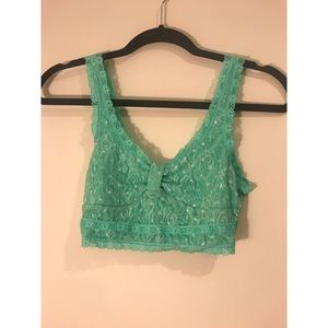 GILLY HICKS sea green unlined bralette