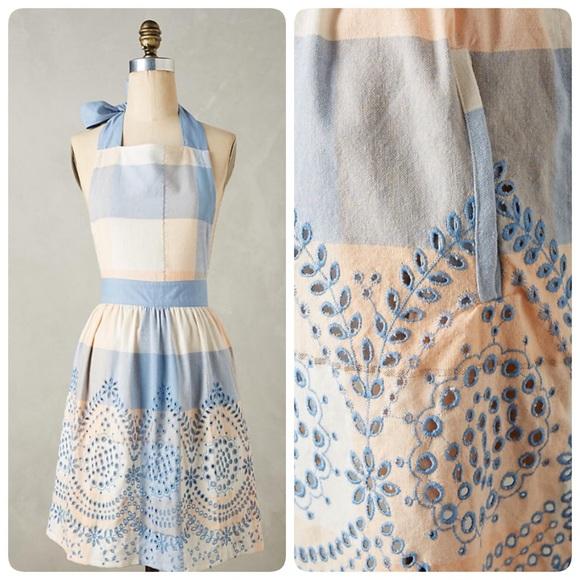 Anthropologie Dresses & Skirts - 🦋Anthropologie Eyelet Gingham Apron🦋