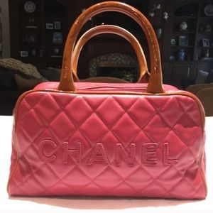*Authentic* chanel vintage pink leather bag