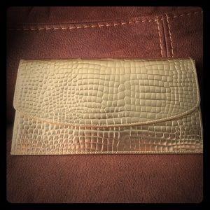 Gigi NewYork wallet clutch