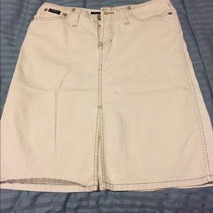 Dresses & Skirts - ♦️Light Khaki colored jean skirt